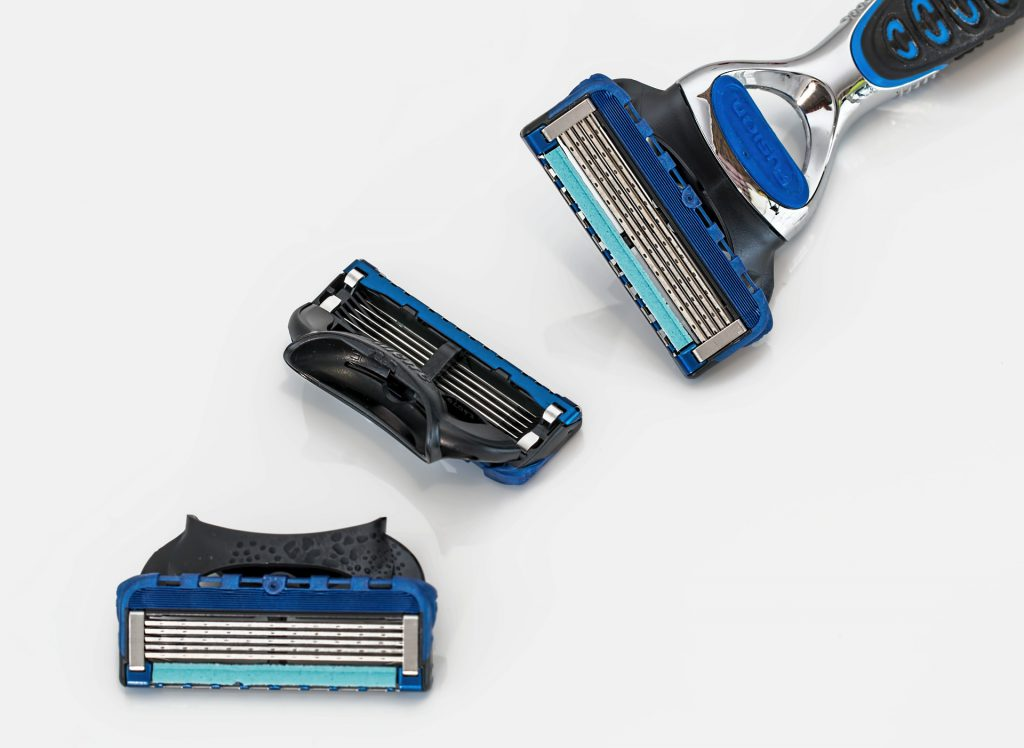 5 מיתוסים על שימוש בסכיני גילוח - שכדאי להכיר